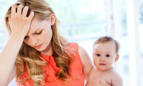 Bạn lo lắng khi bị hôi nách sau sinh?